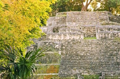 Belize New River Cruise and Lamanai Mayan Ruins Day Trip by Air in San Pedro