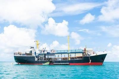 Boat Tours Antigua Barbuda