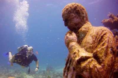 Cancun Underwater Museum - MUSA Museo Subacu‡tico de Arte