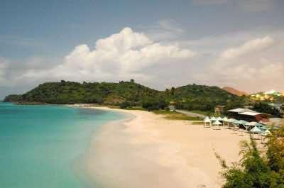 Darkwood Beach in Antigua