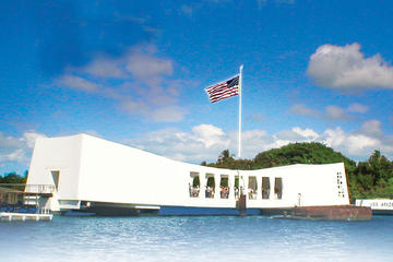 Deluxe Arizona Memorial and Historical City Tour -in-Oahu