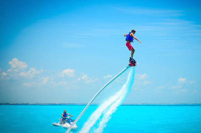 Flyboarding in Cancun
