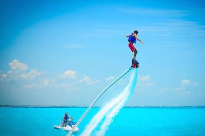 Flyboarding in Cancun