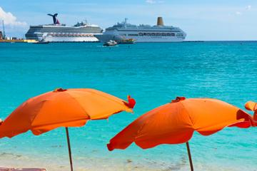 Freeport Shore Excursion: Round-Trip Beach Transfer to Paradise Cove in Bahamas