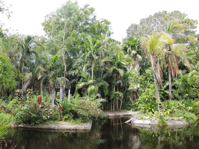 Garden of the Groves in Freeport