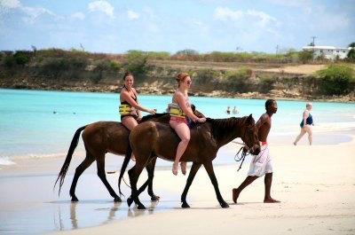 Horseback riding Antigua Barbuda