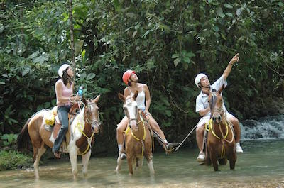 Horseback riding in Manuel Antonio