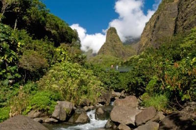 Kahului Shore Excursion: Maui Tropical Plantation and 'Iao Valley Tour