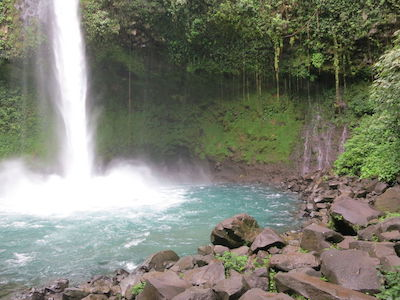 La fortuna waterfalls in Arenal