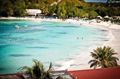 Long Bay in Antigua