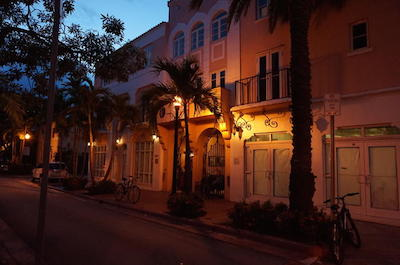 Miami Beach Food and Art Deco Walking Tour