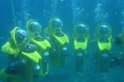 Mini SUB Diving in Cozumel
