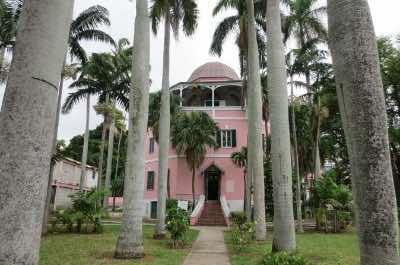 Nassau Public Library & Museum in Nassau