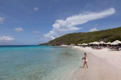 Playa Cas Abou beach in Curacao