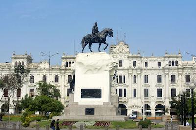 Plaza San Martin in Lima