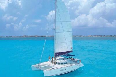 Sailing in Cancun