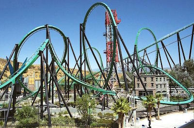 Six Flags Magic Mountain in Los Angeles with kids