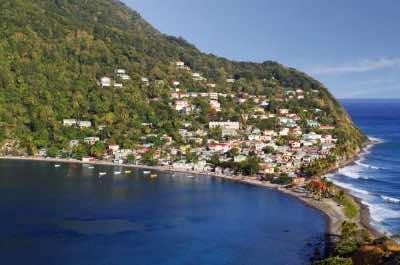 Soufriere Scotts Head Marine Reserve in Dominica