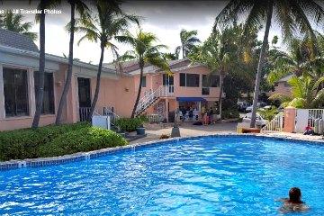 Sunset House Resort Grand Cayman