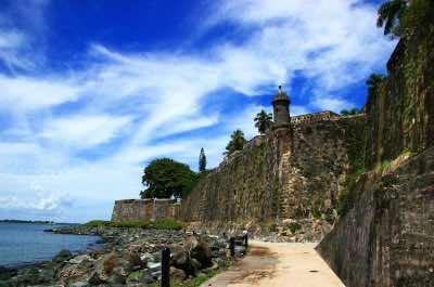 The Wall San Juan