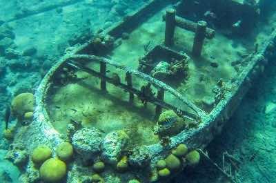 Curacao Tugboat Wreck