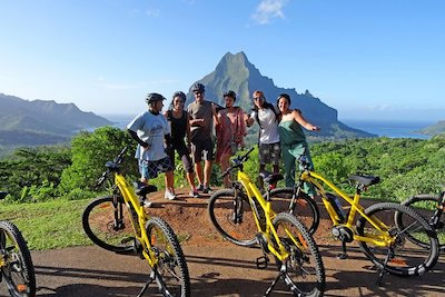 Walking-and-Biking-Tours-Moorea