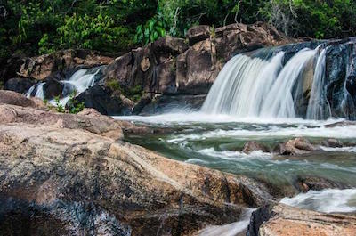 Big Rock Falls and Rio On Pools in San Ignacio