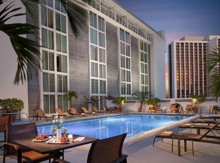 Courtyard Miami Downtown