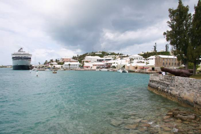 cruise ship in Hamilton, Bermuda