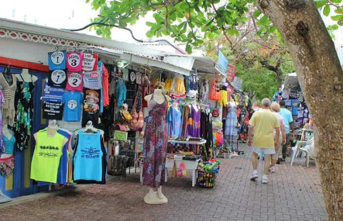 Duty free shopping in St. Maarten