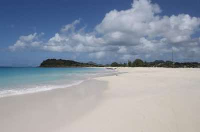 Ffryes Beach in Antigua
