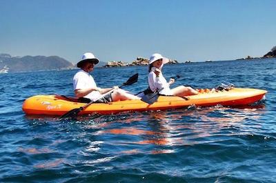 Kayaking in Acapulco