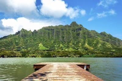 Kualoa Ranch Ancient Hawaiian Fishpond and Tropical Gardens Tour in Oahu