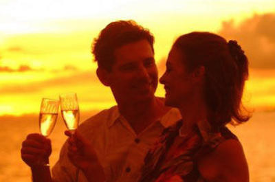 Oahu Casual Sunset Dinner and Show Cruise