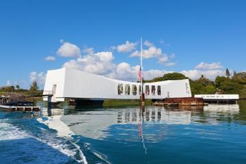 Pearl Harbor, USS Arizona and Circle Island Day Trip -in-Oahu