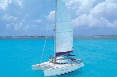 Sailing in Cancun