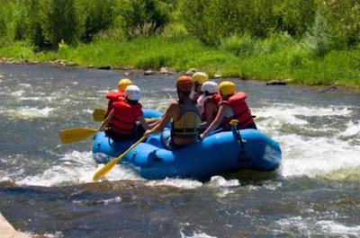 Montego Bay Shore Excursion: Jamaica River-Rafting Adventure on the Rio Bueno