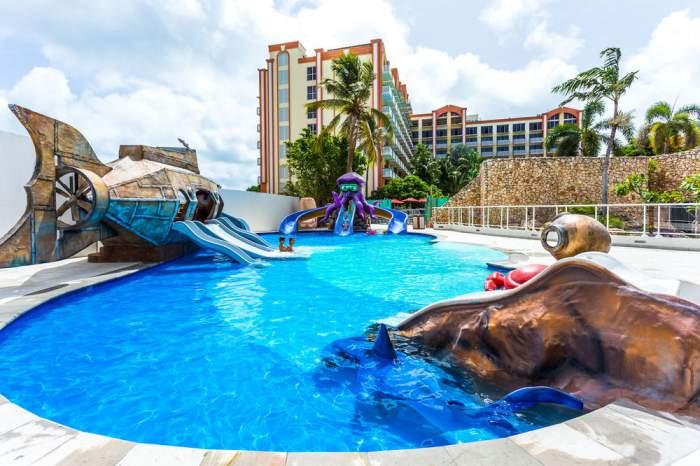 Sonesta Maho Beach All Inclusive Resort & Casino St. Maarten