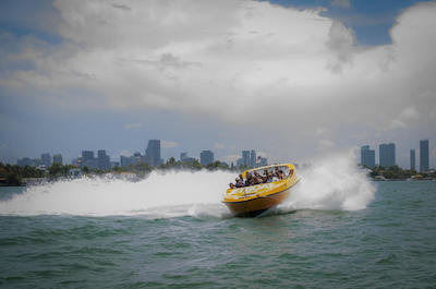 Speedboat Tours in Miami
