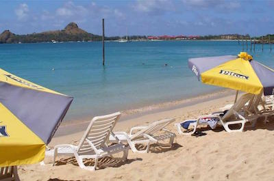 St Lucia Shore Excursion: Reduit Beach Shuttle Service