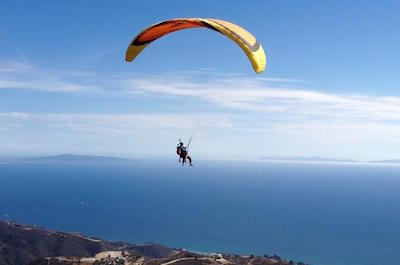 Tandem Paragliding Tour in Malibu in Los Angeles